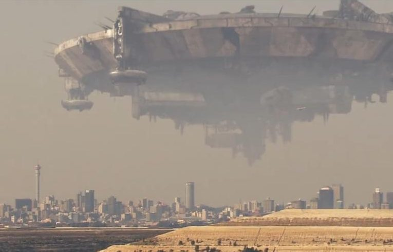 Nove anni fa usciva District 9, il primo film di Neill Blomkamp