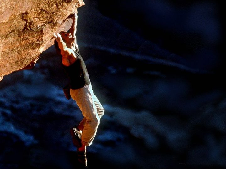 mission impossible 2 tom cruise rock climbing